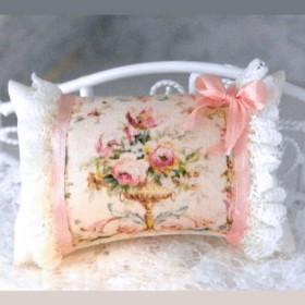 1:6 Dollhouse miniature pillow